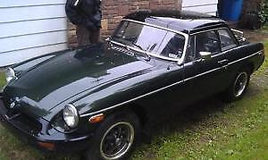 1975 British Racing Green MGB