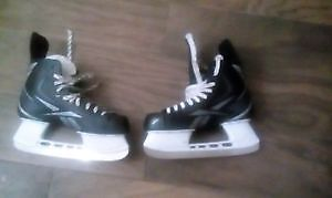 Patin Size 10 Adult