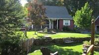 Beautiful 3 Bedroom Country Home, Minutes from Fundy Park***