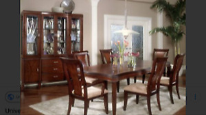 7Piece Dining Room Set & Hutch/Buffet Excellent Condition