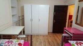 Short term rent of Twin room, 350 per week for 2 people