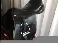 Black leather saddle 17 inch gp