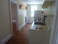 SEPTEMBER FREE!! ONE BDRM VICTORIAN STYLE SOUTHEND HALIFAX