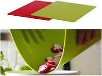 High Quality Homeware Bendable Flexible Chopping Board Green Red x 2
