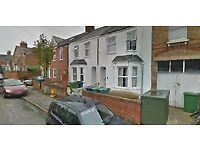 Excellent location - 4 Bedroom House with HMO licence