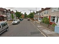 Excellent 4 Bedrooms House few minutes from Newbury Park Station -- No DSS Please--