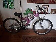 Ladies Trax push bike - like new - very good condition