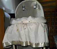 1 Baby Bassinet Victoria, Conception Bay North NL