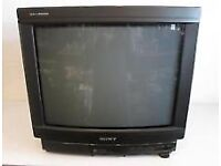 """Wanted: Old 15"""" CRT TV"""