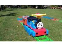 Thomas the tank engine (RIDE ON)