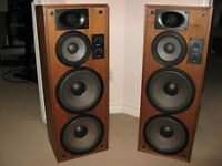 Realistic T200 TOWER Speakers