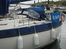 1981 Mirage 2700 - Bilge Keel. Beta 20hp installed 2007, 5 berth, selling with lots of extra equipmt