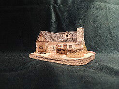 """Collectors Country Cottages """"Sheep Farm"""" Hand Made in Scotland"""