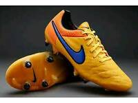 Nike Tiempo Legend V SG Pro Football Boots Brand New