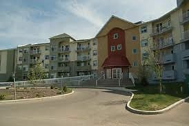 2 Bedroom Condo Available Now! in AIRDRIE. Small Pets Allowed