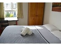 Spacious double room available ,Greenwich area