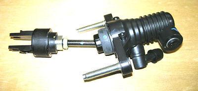 New Clutch Master Cylinder For Toyota Hilux 2.5TD / 3.0TD Pick Up - MK6 (2005+)