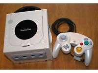 Pearl white game cube