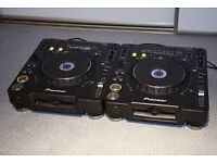2x pioneer CDJ1000 mk3 and Allen and Heath Xone 4D Mixer for sale