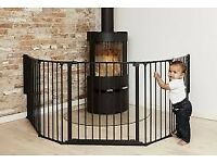 BabyDan XL Fire Surround/Configure Gate, Black