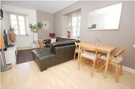 Modern 2 bed furnished flat with en-suite in converted warehouse near the Shore, Leith