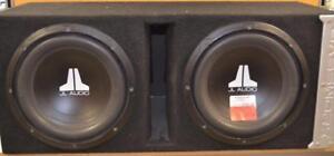 Subwoofer JL audio 300w/Rms avec un ampli Jl audio XD300/1 de 300w rms