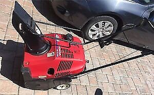 HONDA HS520 snowblower