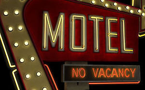MOTEL FOR SALE WITH RESTAURANT AND THREE APARTMENTS FOR RENT!!