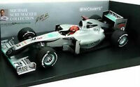 Minichamps Mercedes GP W01 2010 Michael Schumacher Petro 1:18