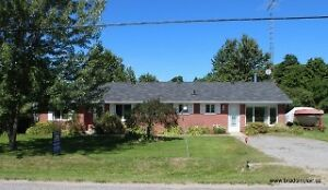 *ENNISMORE FAMILY HOME*  Great Location! Brad Sinclair Flat Rate