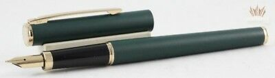 SHEAFFER FASHION 264 MATTE GREEN LACQUER WITH GOLD TRIM FOUNTAIN PEN AWESOME NEW