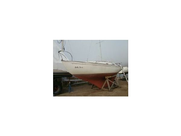 Used 1975 Other Contessa 26'