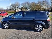 Ford S-Max 2.2 TDCi Titanium, Pan Sunroof, Leather Interior, Full Ford Service, 2 owners, MOT Oct18