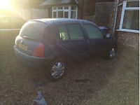Renault Clio 2 for parts