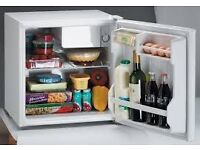 Table top fridge Ice King 46 Litres cap