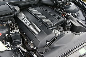 M54 Complete Engine M54B30 e53 X5 3.0i Intake and oil pan set-up