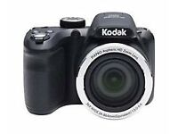 kodak pixpro camera unwanted xmas present ex condition used handful of times comes with carry case.