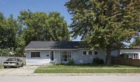 3 bed 1 bath Spacious Home in Beautiful Point Edward
