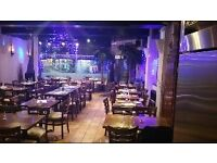WAITERS, COMMIE WAITER required for a casual Italian restaurant with good earning. Accommodation.