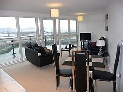 2 Bedroom Apartment- Swansea Marina- £1200.00PCM