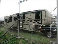 SELLING BY ONLINE AUCTION 2012 FOREST RIVER 5th WHEEL