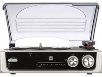 Dual DTR50 turntable with AM/FM tuner and built -in speakers