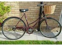 ladies town bike vintage 1970s classic in very nice cond basket.