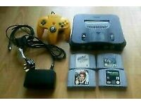 Nintendo N64 with 5 Games