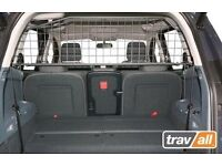 Bespoke Travall dog guard and Boot Liner