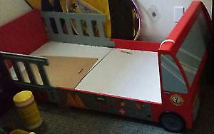 FireTruck Toddler Kid Bed $100 Firm.
