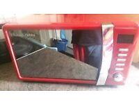 Russell Hobbs Microwave red