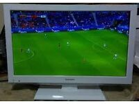 "22"" TOSHIBA WHITE LED DVD COMBI TV FREEVIEW HD GREAT WORKING ORDER & CONDITION CAN DELIVER BARGAIN"