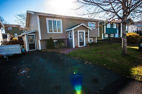 7a Princeton Crescent-Tidy furnished 1 bdrm apt in Mt Pearl