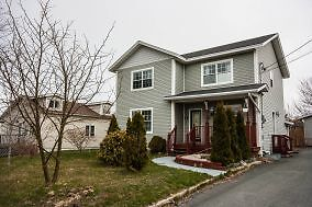 6 Scott St North- Large 3 bedroom 1.5 single family home in Uppe